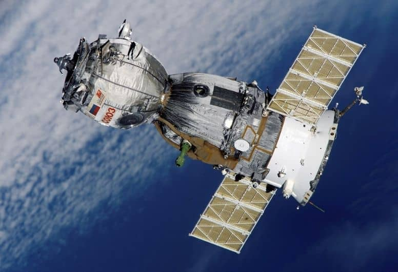 Elon Musk SpaceX Space Junk and Sky Pollution
