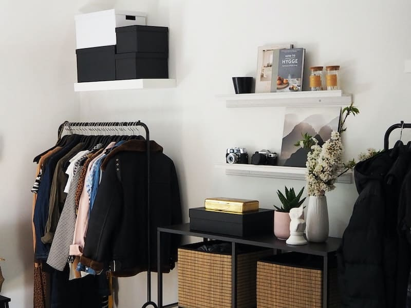the best sustainable capsule wardrobe brands