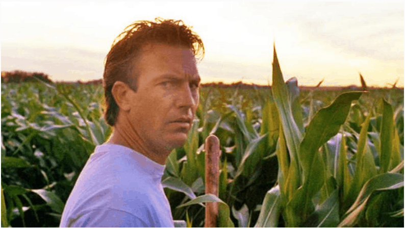 Kevin Costner in 'Field of Dreams' (Universal Pictures)