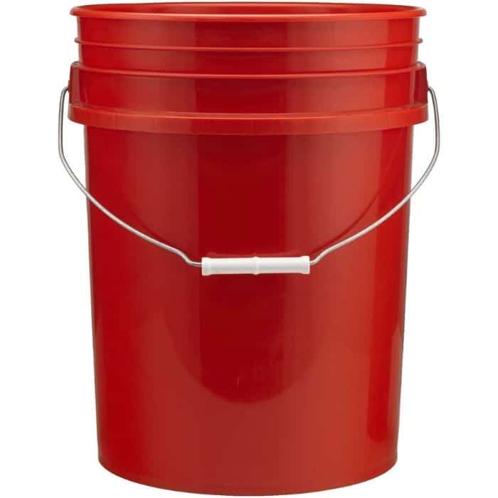 How to Plant Tomatoes in a 5 Gallon Bucket